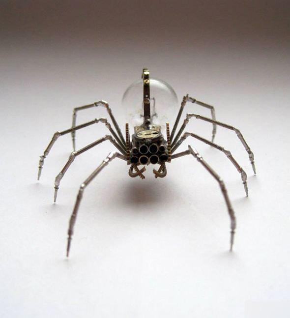 用旧手表零件创作的各种奇异生物